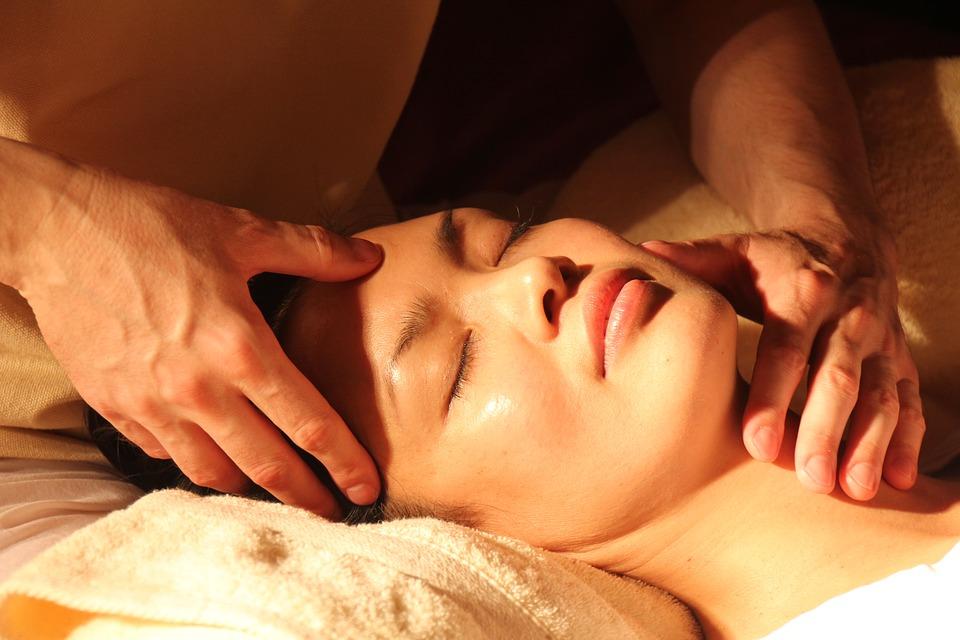 Japanse gezichtsmassage